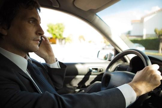 Разработан способ блокировки телефона водителя